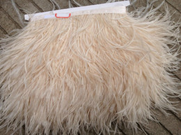 Spedizione gratuita-10 yards / lot avorio piuma di struzzo piuma frangia 5-6 pollici in larghezza per artigianato matrimoni cucito in Offerta
