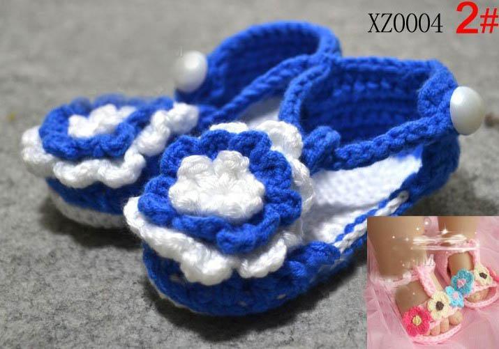 5 pares = 10 unids / lote Crochet zapatos hechos a mano de la flor del bebé mezclan 7 Estilo niños sandalias lindas 0 -18 M algodón