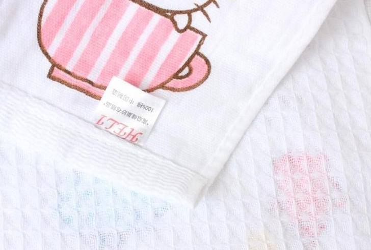 Children Bath Towels Cartoon Designs Two-layer Cotton Towels Free Size Healthy Baby Bath Towel No Fluorescent White Color Mix Design