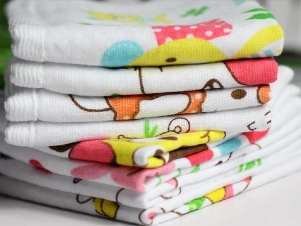 Children Bath Towels Cartoon Designs Two-layer Cotton Towels Free Size Healthy Baby Bath Towel No Fluorescent White Color Mix Design per lot