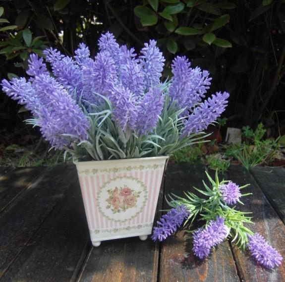10 pz Carino Artificiale Fiore di Lavanda Simulazione 7 stelo / mazzo Colore viola fiori di lavanda Bouquet Matrimonio decorazioni feste di Natale