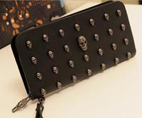 kafatası cüzdan cüzdanları toptan satış-Erkekler için 2014 Moda cüzdanlar kadınlar uzun lady çanta çanta antik yollar geri punk kafatası perçinler çanta damla nakliye 1 adet