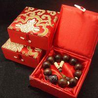 hediyeler için büyük kutular toptan satış-Pamuk dolgulu Mücevher Hediyelik Kutular Büyük Ipek Baskılı Bileklik Bileklik Kutusu High End Ambalaj Vaka boyutu 12x12x4.5 cm 2 adet / grup Ücretsiz kargo