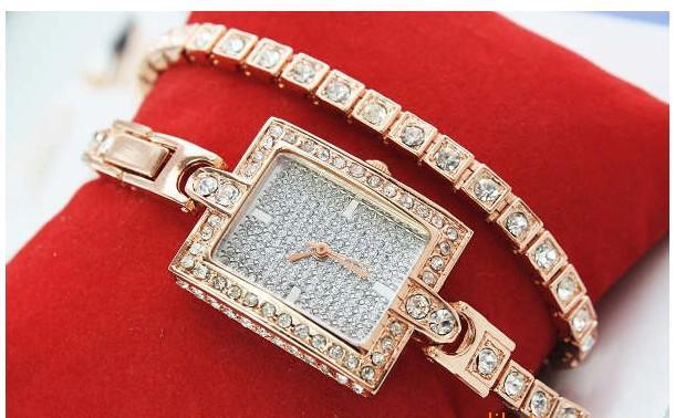 Atacado rose gold Bonito Design Senhoras Relógios de Pulso Menina Mulheres Pulseira Relógio De Pulso frete grátis baixo preço