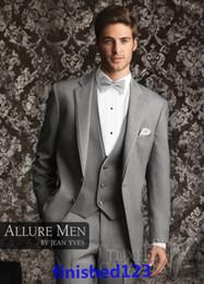 light pink grey groomsmen suits 2019 - Two buttons Light gray Notch Lapel Groom Tuxedos Groomsmen Men Wedding Suits Prom Clothing (Jacket+Pants+Vest+Tie) BM:38
