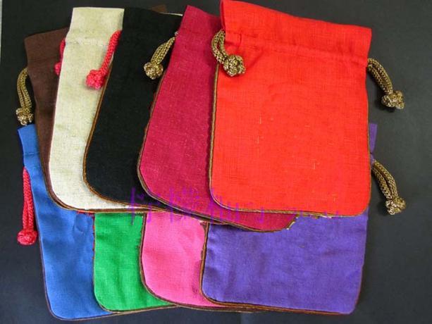 Carta colore piccolo panno Borse Cotone Lino Natale Pouch Wedding della festa di compleanno Borse favore Gioielli coulisse Confezione regalo Bag
