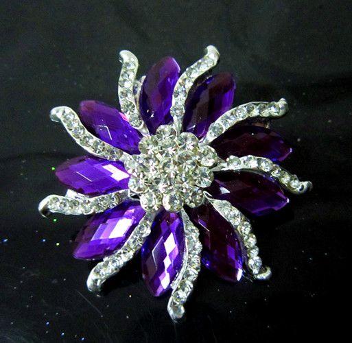 Spilla in oro bianco rodiato da 2 pollici e spilla in cristallo viola