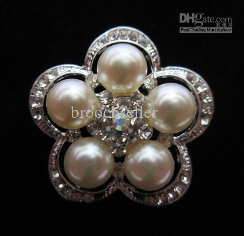 Strass de couleur argentée et broche de mariée avec motif de perles en crème
