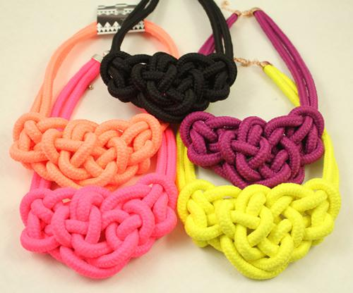 6 unids / lote Envío Libre Al Por Mayor de Moda de color Neón de punto Collar de Gargantilla Brillo Collar de Corazón de cuerda de algodón hecho a mano