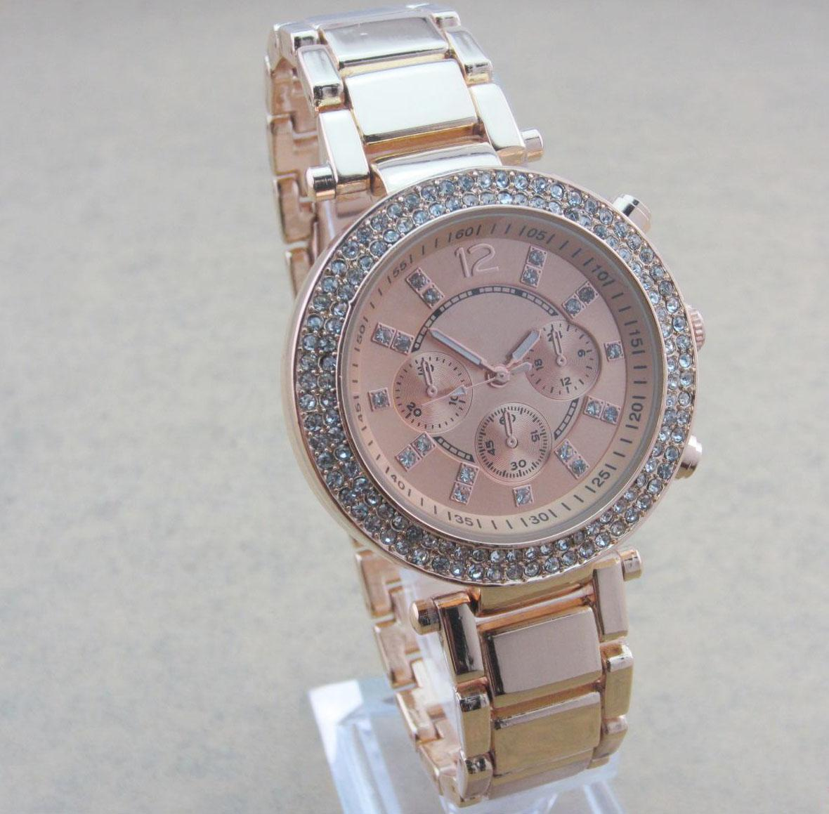 HOT Fashion Designer Women Diamond Watches Lady Unisex Quartz ...