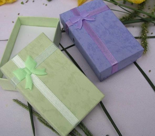 5 * 8 * 2.5cm 5 Farbenart und weiseanzeige, die Geschenkkastenschmucksachekasten, hängender Kasten, gelegentliche Farbe / des Ohrringkastens verpackt
