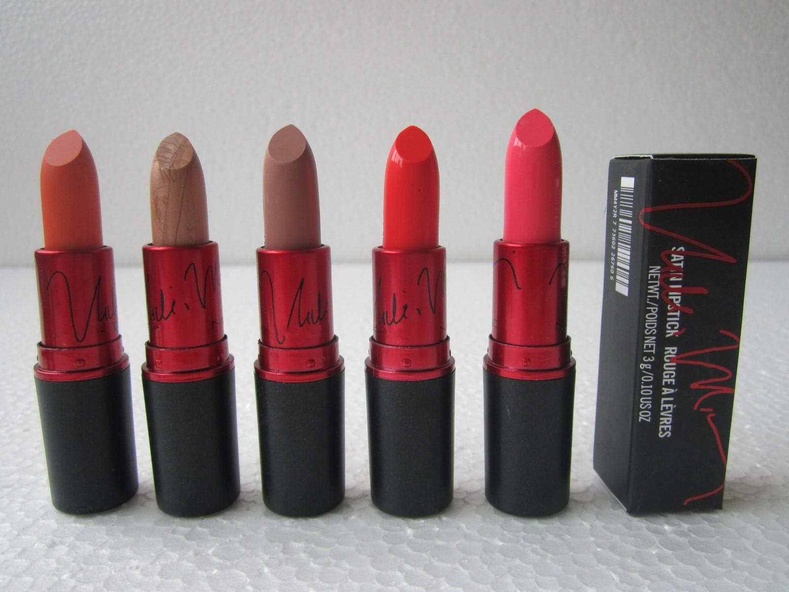 12 stks / partijen Make-up glans Lipstick 3G met Engelse naam
