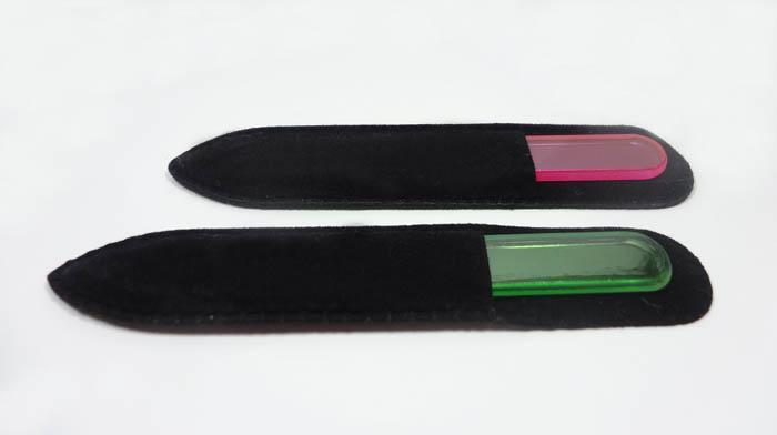 Archivos de uñas de cristal Archivo de cristal Búfer de uñas Cuidado de uñas con manga de terciopelo negro de 3,5