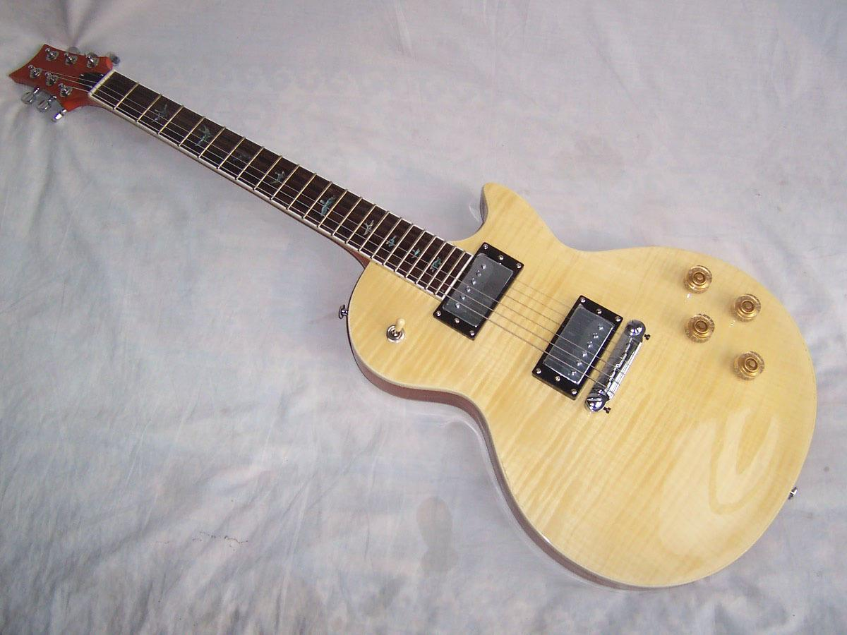 new brand electric guitar with flame maple top in popcorn color short scale electric guitar. Black Bedroom Furniture Sets. Home Design Ideas