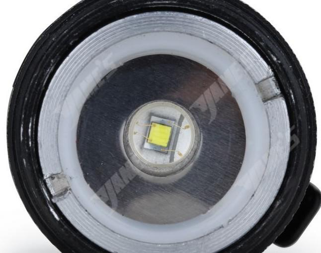 Torcia da campeggio Ultrafire 300LM CREE Q5 LED Torcia a 3 modalità Messa a fuoco regolabile Zoom Torce impermeabili Lampada