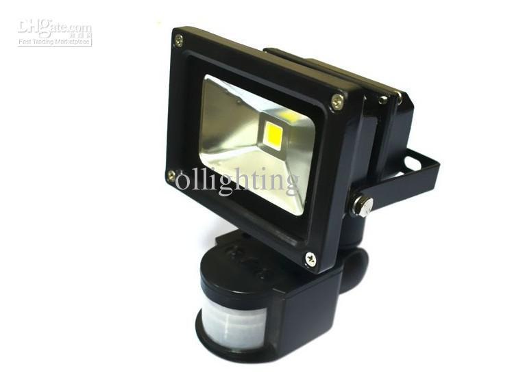 Wholesale price-Black 10W/20W/30W/50W LED Sensor Floodlight PIR motion Park Security Flood Light 85-265V IP65 Range 7-9M
