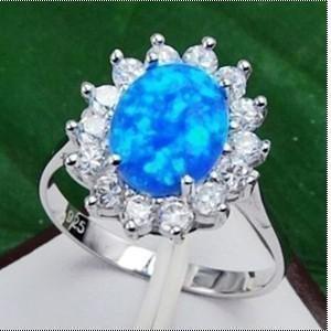 Zeldzame blauwe vuur opaal zilveren ringmaat 7-9