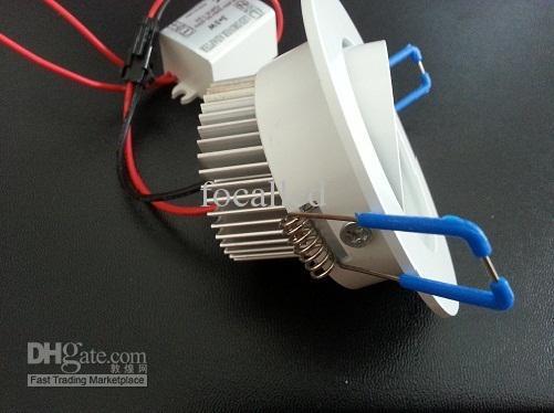 Regulable 9W 3 * 3W Cuadrado con luz empotrada Lámpara empotrada 600 LM Blanco cálido 3000K 30 Ángulo Lámpara de techo con accesorio de LED 110-240V