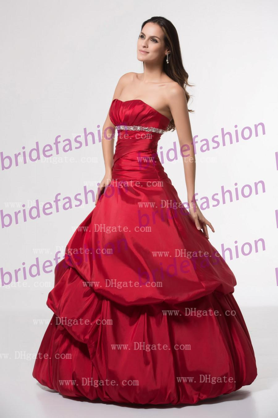Big Discount!!2013 Hot Sale Princess Style Strapless Ball Gown Crystal Custom Made Satin Quinceanera Dresses