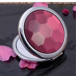 2019 espejo de doble cara Panal Faced Pequeño Espejo Redondo Arte Craft Plegable Cristal Compacto Espejo Doble Lado Magnificar Mujeres Espejo de Maquillaje de Regalo de San Valentín 10 unids espejo de doble cara baratos