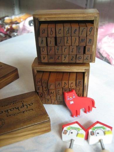 / lotto 28 pz / set NUOVO scolastico timbro set di francobolli / scatola di legno / decorativo fai da te divertente lavoro / maiuscolo minuscolo / all'ingrosso