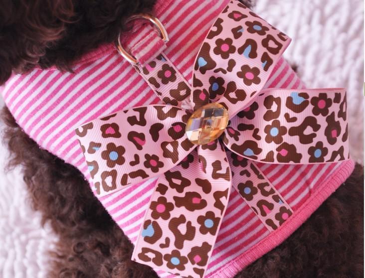 Il lepord principale del cavo del cucciolo del cane del cablaggio dell'animale domestico di stile di trasporto libero con il collo ha aperto il fiore di disegno rosa / blu /