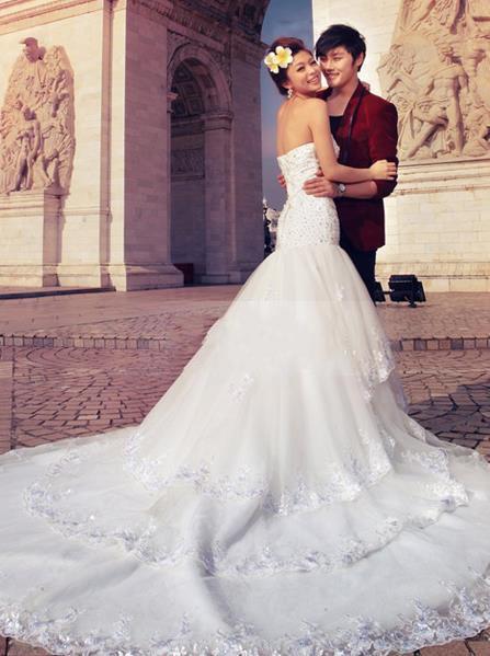 Dernière coutume Glamour trompette / sirène perles chérie parole longueur train chapelle robe de mariée robe