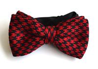 padrão de gravata de malha venda por atacado-Homens Neck Malha Bowtie Bow Tie Preto Com Vermelho Pré-Amarrado Ajustável Bow Tie Padronizado Frete Grátis