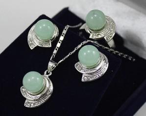 Wholesale cheap New! Beautiful silver crystal green jade pendants Stud earrings rings