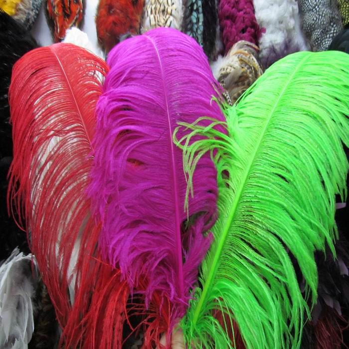 Оптовая торговля-бесплатная доставка 50 шт. / лот 24-28 дюймов 60-70 см красный страус перья для свадьбы центральные, партия украшения событий