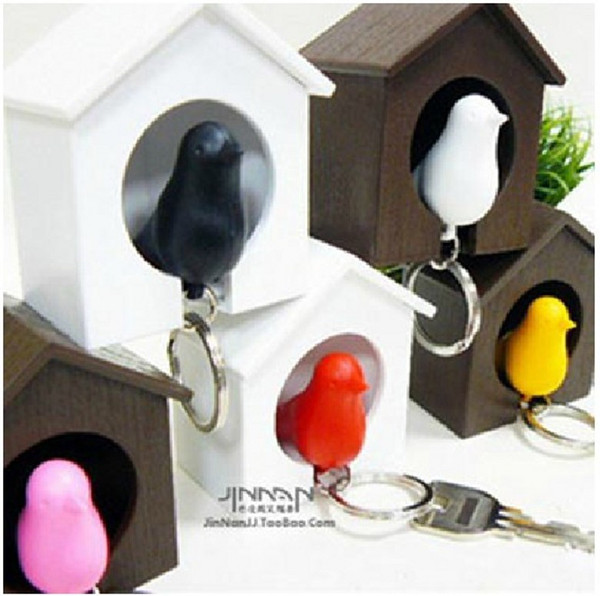Novelty Bird Nest Sparrow House Key Ring with Whistle Plastic KeyChain Wall Hook Holders for Home Decoration free Delivery