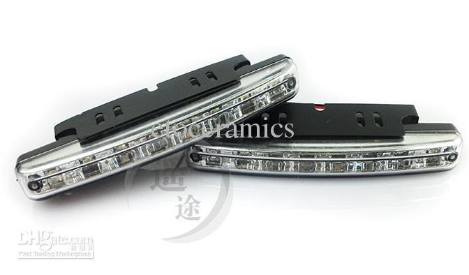 2013 새로운 도매 저렴한 슈퍼 화이트 8 LED 범용 자동차 라이트 낮 실행 자동 램프