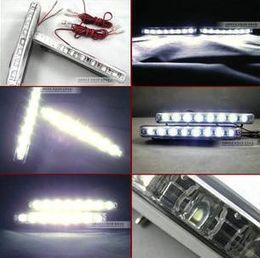 Ingrosso 2013 nuovo commercio all'ingrosso economico bianco eccellente 8 LED universale auto luce diurna in esecuzione lampada automatica