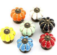 keramikmöbel zieht schrank schublade großhandel-2013 neue Mode mischen bunte Kürbis Möbel neue Designer Schublade Stoßgriff Küchentür Kleiderschrank Keramik Knöpfe