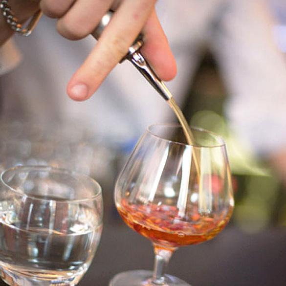 Meilleur prix / Bouteille d'alcool en métal Distributeur Pourer Bar Free Flow Bec verseur huile Savon # 2257