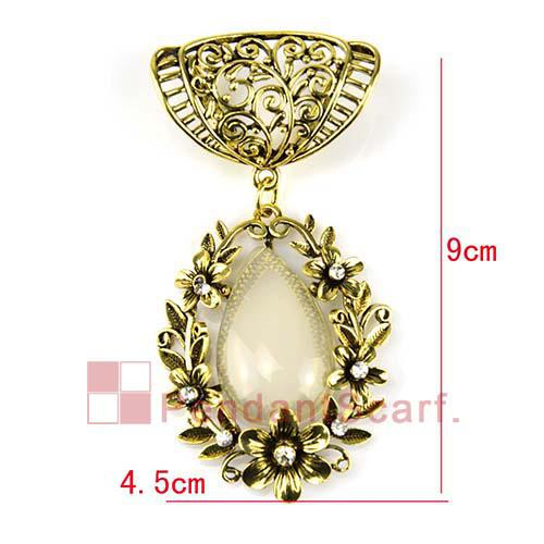 Top Fashion DIY Jewelry Necklace Scarf Findings Antique Bronze Alloy Flower Beige Resin Pendant Set Charm, AC0193A