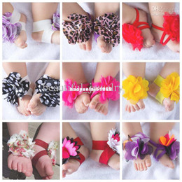 Boys Barefoot Sandals Canada - 30 pairs (60pcs) New arrival TOP BABY Sandals baby Barefoot Sandals Foot Flower Foot Ties girls Todd