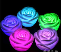 NOVO! LED Rose Light 7 Mudando cores Floating Rose Flower Night Light Luzes da festa da vela