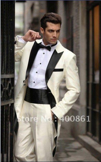 Peak Preto personalizado MadeTailcoat Marfim Noivo Smoking melhor homem lapela Groomsmen Men ternos de casamento Noivo Jacket + Calças + Tie + Cinturão H783