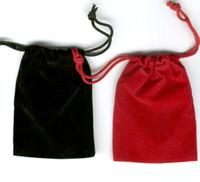 pc çanta kırmızı toptan satış-100 Adet Siyah Kadife Kadife Çanta Hediye Çanta Takı Torbalar 7X9 cm (Kahverengi / Mavi / Kırmızı)