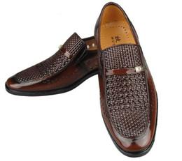 Wholesale Men Lace Sandal - NEW groom dress shoes Cool men's shoes Hollow out breathable leather sandals men's shoes casual shoes