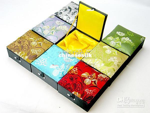 High End Jewellery Gift Case Silk Printed Bracelet Jewelry Box Cotton Filled Presentation Boxes size 10*10*4.5 cm 2pcs/lot mix color Free