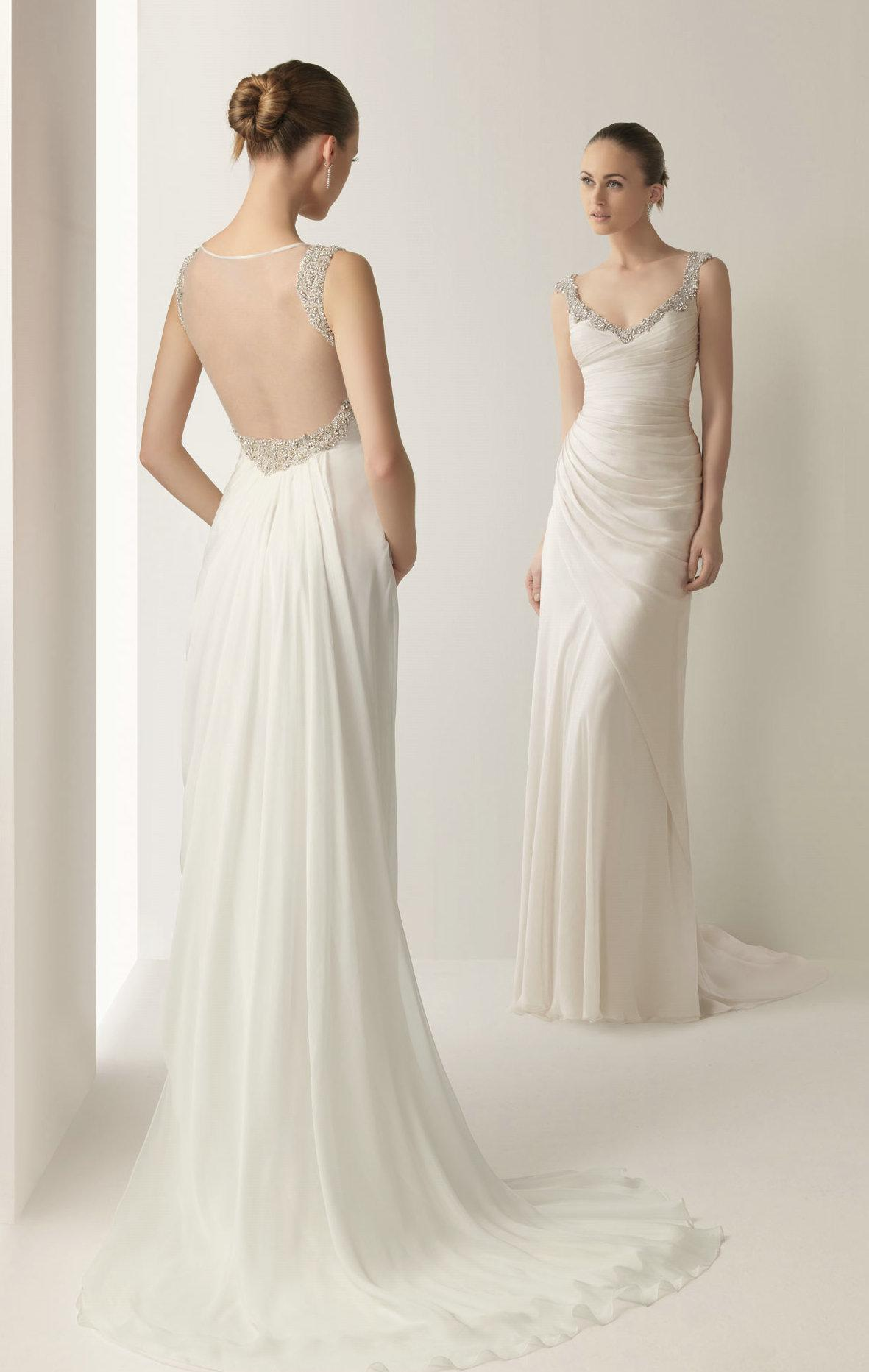 Sheath Backless Wedding Dresses