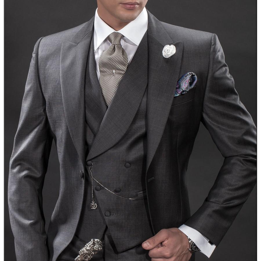 Custom Made Manhã Estilo carvão Noivo Smoking melhor homem pico lapela Groomsmen Homens Ternos de casamento Noivo jaqueta + calça + gravata + Vest H802