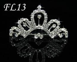 Pas cher 5pcs / lot Mignon Brillant Clair DZ Diamants Couronne De Mariage Fleur Filles Cheveux Accessoires FL13 ? partir de fabricateur