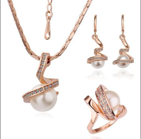 Ordres mélangés plaqué or 18 carats Swarovski Elements Ensemble de bijoux en cristal Mode Colliers Bracelets Anneaux Boucles d'oreilles livraison gratuite /