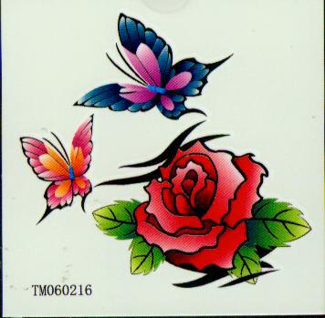 50 sztuk / partia Tymczasowe Tatuaże Naklejki Tatuaż do ciała Sztuka Wodoodporna Mieszanka Zamów 90 * 70 mm TM0601