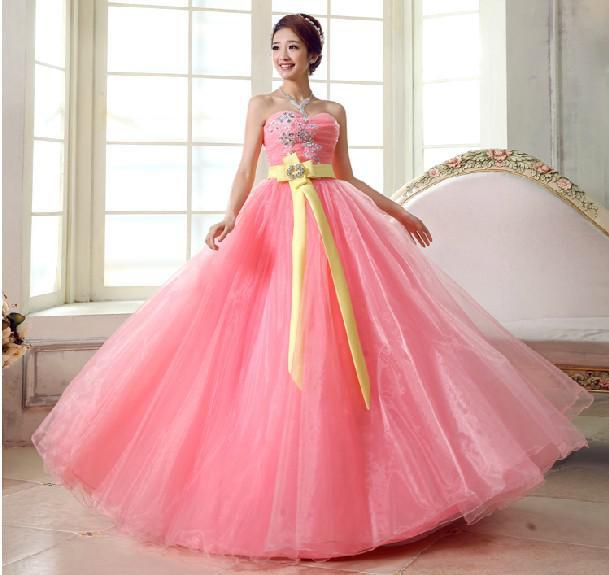 Moda A-Line Ball Gown Sweetheart Perline Appliques ricamo a pavimento con avvolge Prom Dresses con giacca manica corta