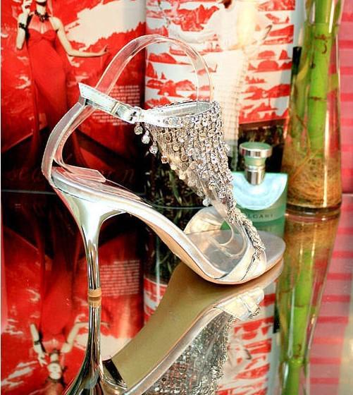 New Chegou sapatos de festa de casamento exceder caro prata boca de peixe de água sandálias temperamento rainha high-salto alto sapato Frete Grátis