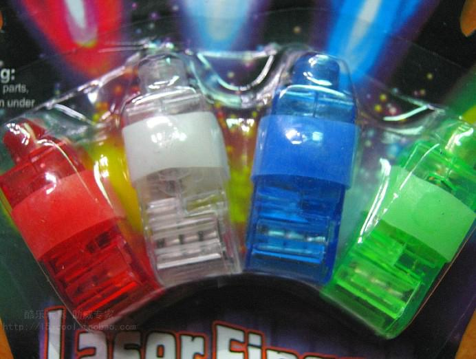 100 stks 4x Kleur LED Laser Vinger Balken Party Light-Up Finger Ring Laser Lights met Blister Pakket
